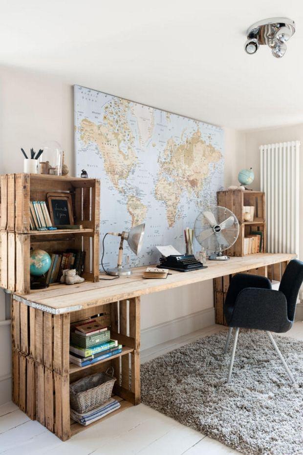 design interior birou improvizat lazi de lemn