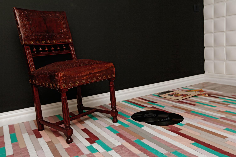 design interior covor piele pastelat