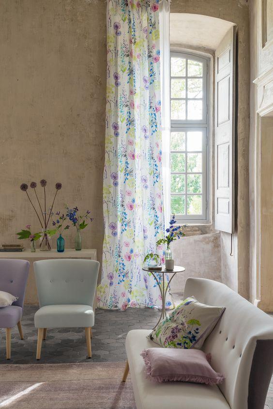 design interior draperie florala