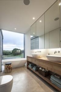 design interior baie - priveliste deosebita