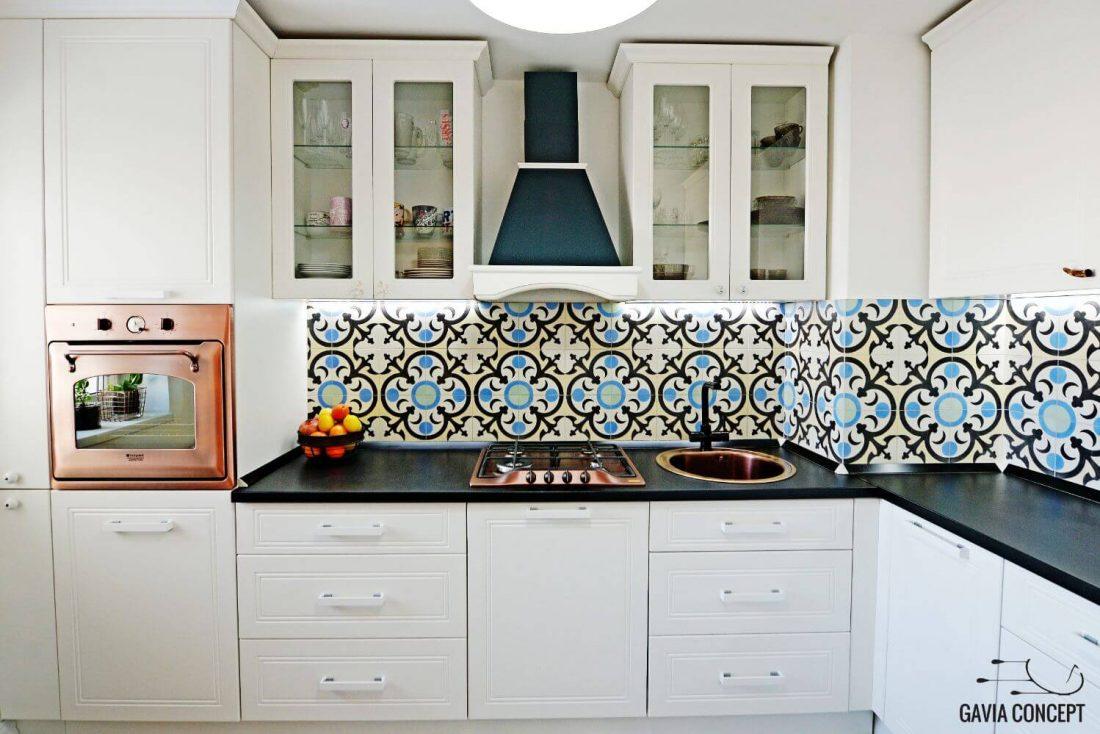 apartament iancului elegant, calatorii, blackboard, tabla scris, bucatarie eleganta dormitor alb baie vin decor bucatarie