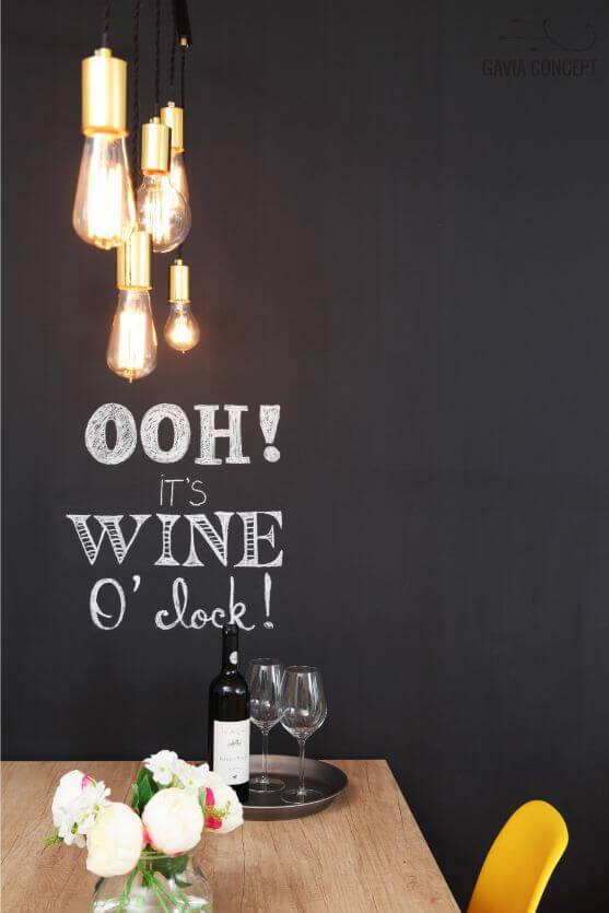 apartament iancului elegant, calatorii, blackboard, tabla scris, bucatarie eleganta dormitor alb baie vin decor