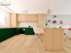 design interior corpuri bucatarie lemn
