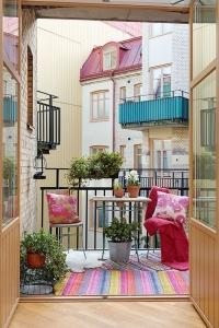 amenajare interioara balcon multicolor