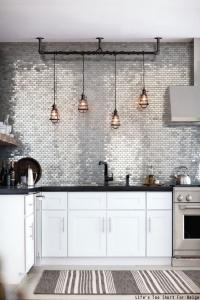 design interior bucatarie argintiu